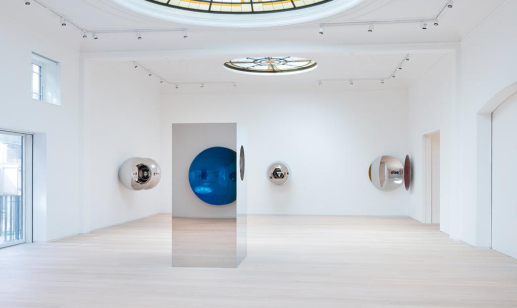 Pitzhanger Gallery - Anish Kapoor